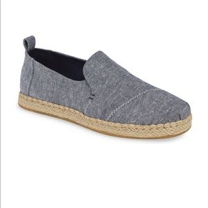 NEW Toms Chambray Espadrille Flats/Slip Ons